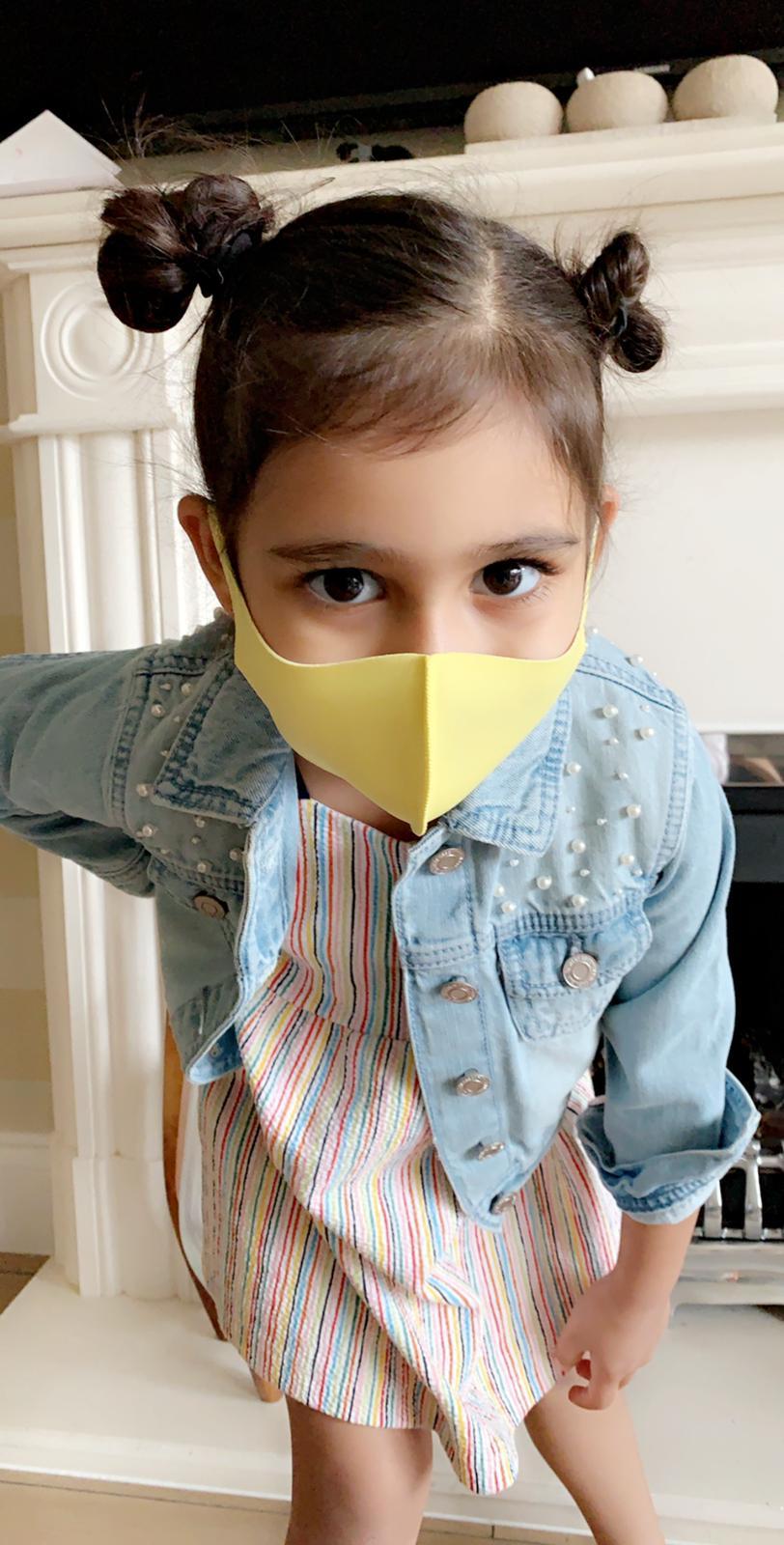 Kids mask yellow